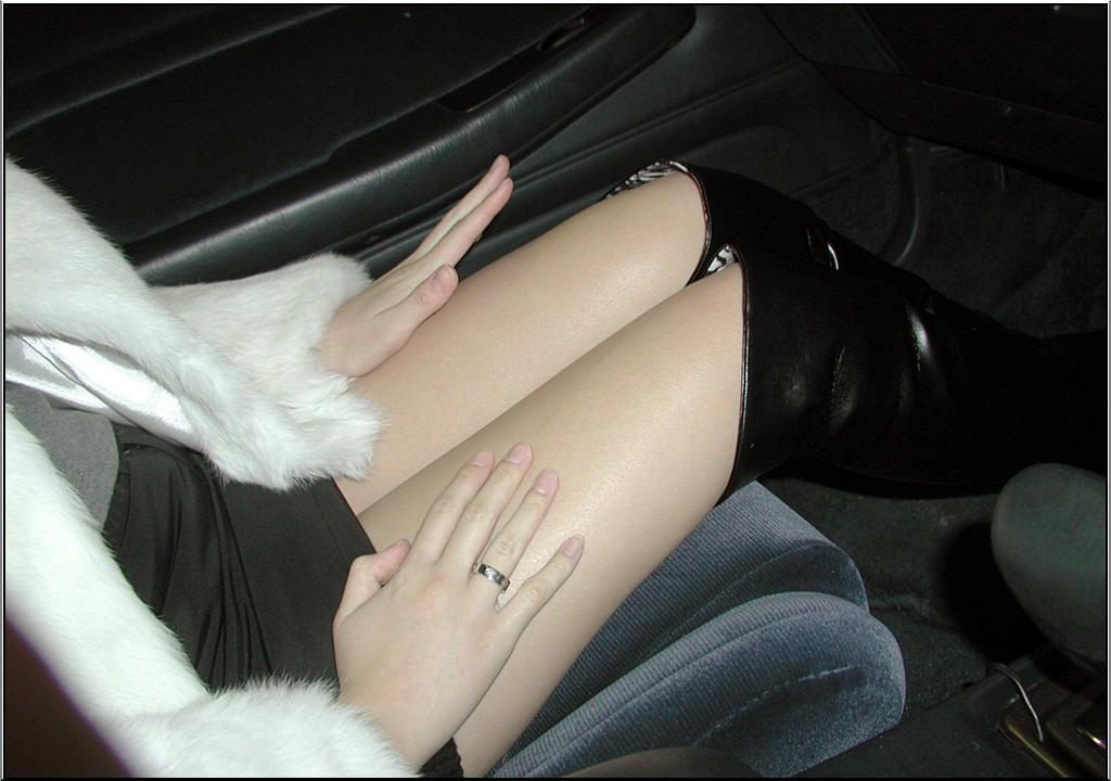 ミニスカート+ブーツ